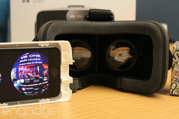 Carl Zeiss' smartphone VR headset works great if you've got the right phone