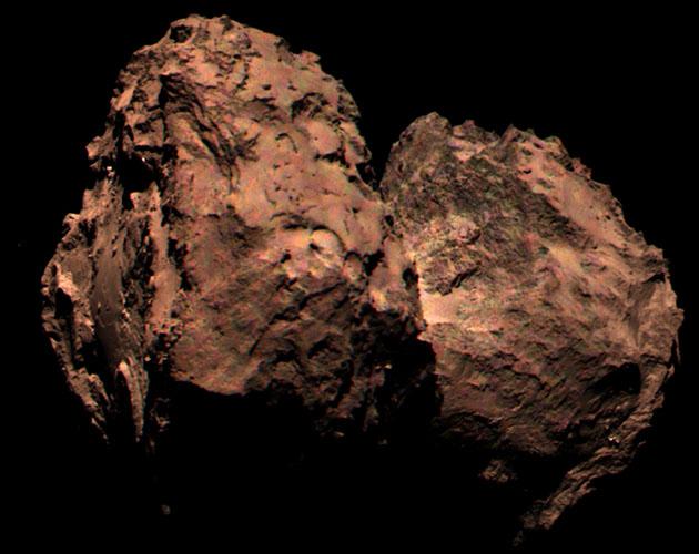 La foto a color que demuestra que el cometa 67P es marrón