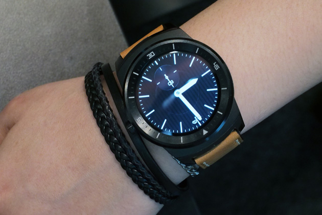 how to charge lg g watch without cradle