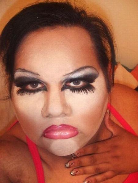 makeup fail photos, funny photos, hilarious photos