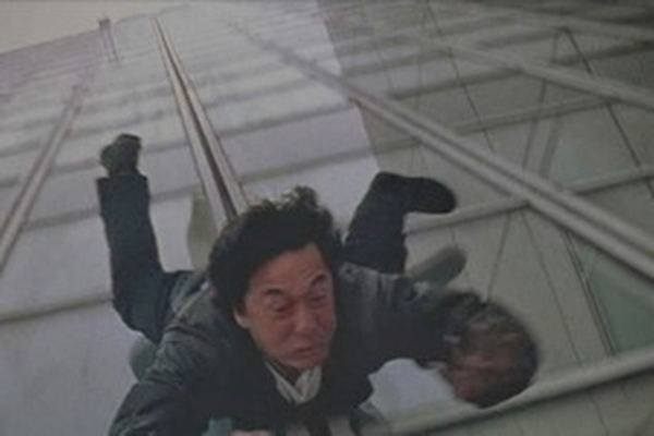 craziest stunts ever attempted, crazy stunts, insane stunts, jackie chan building slide