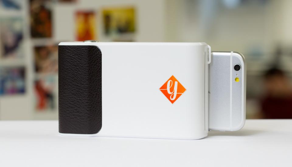 Prynt's smartphone instant selfie printer lands on Kickstarter for pre-orders
