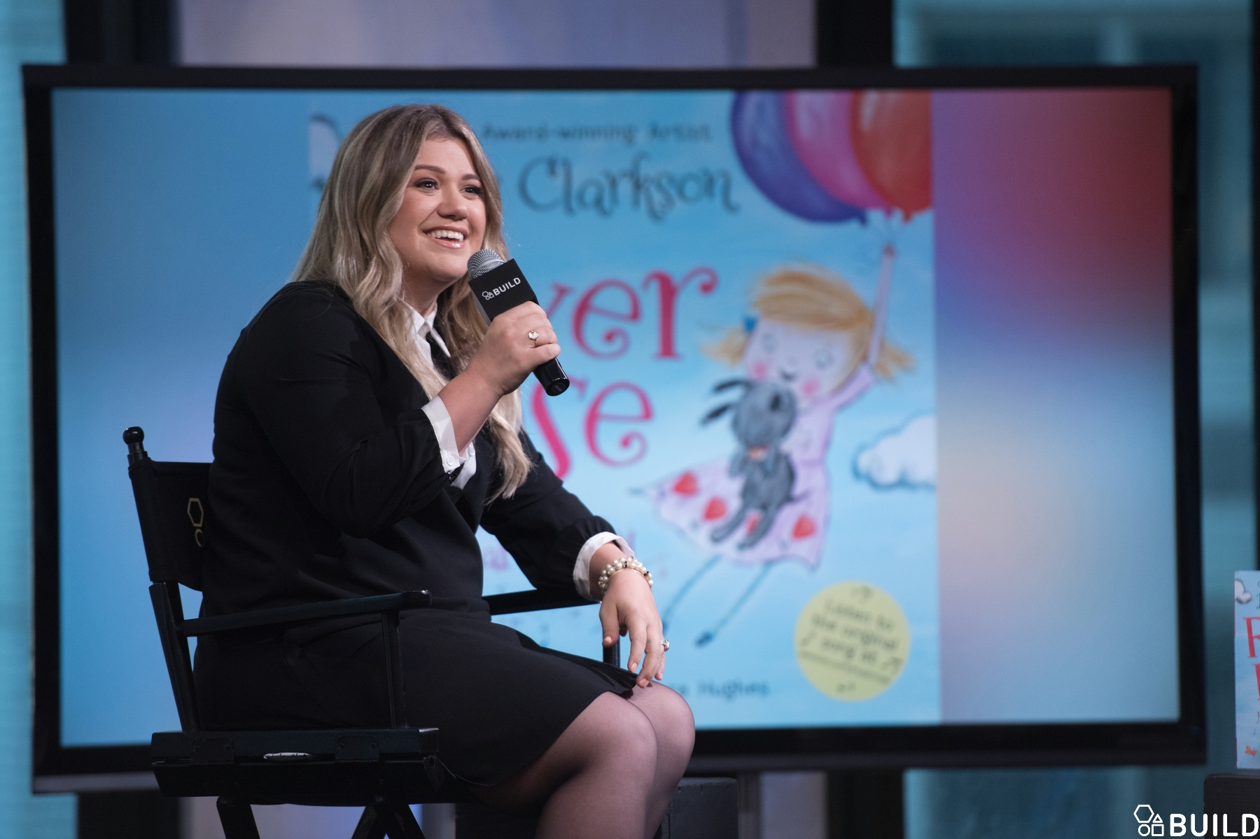 Kelly Clarkson visits AOL Hq for Build on October 4, 2016 in New York. Photos by Noam Galai