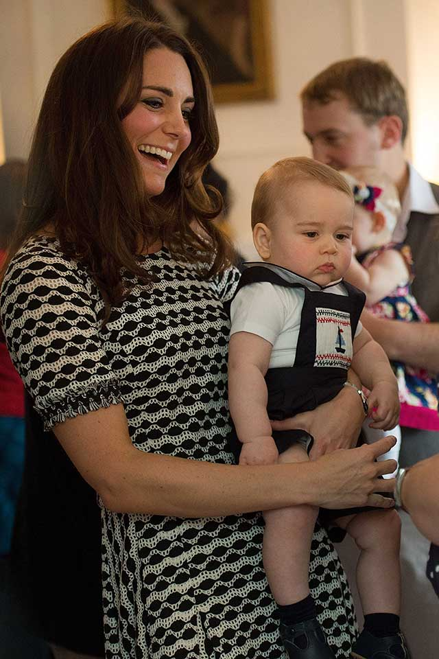 Duchess-of-cambridge-prince-george