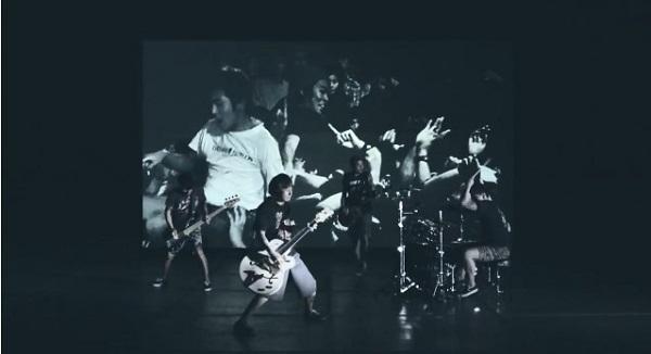 拳を突き上げろ!Ken Yokoyamaが新曲「I Won't Turn Off My Radio」MV公開