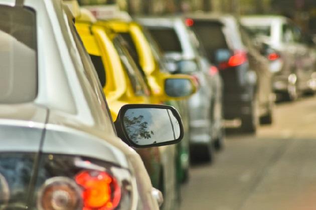 米インディアナ州で、追い越し車線をゆっくり走ると罰金対象に!
