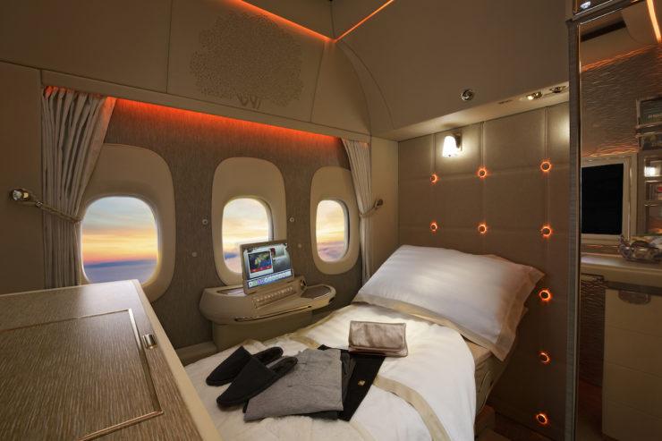 Video: así es la nueva primera clase de Emirates y sus asientos Gravedad Zero
