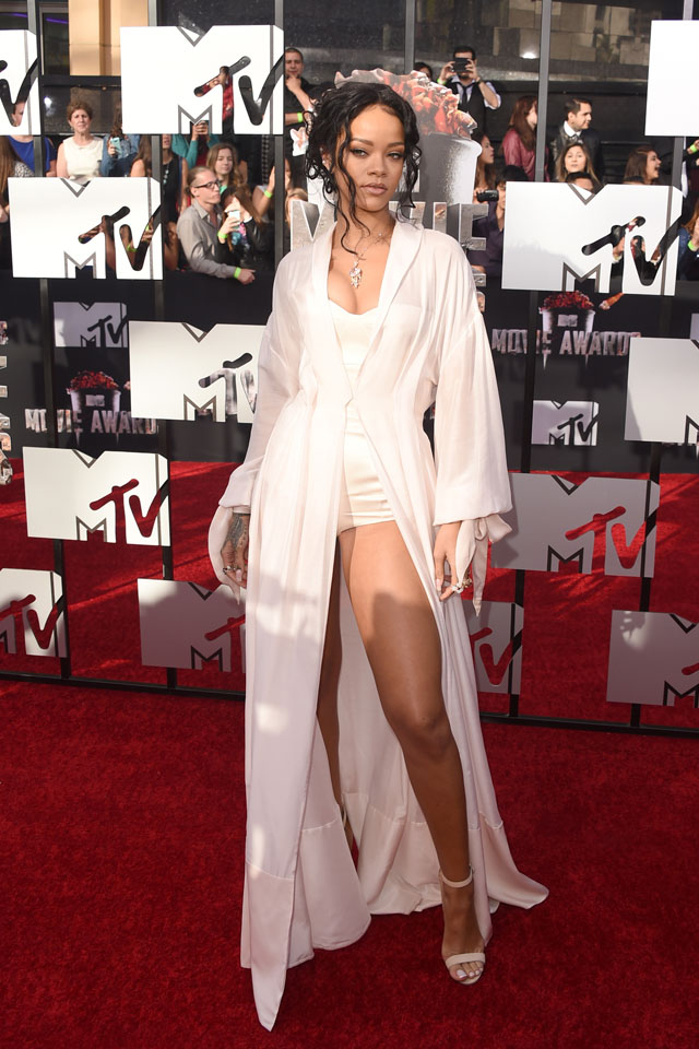 LOS ANGELES, CA - APRIL 13:  Singer Rihanna attends the 2014 MTV Movie Awards at Nokia Theatre L.A. Live on April 13, 2014 in Los Angeles, California.  (Photo by Jason Merritt/Getty Images for MTV)