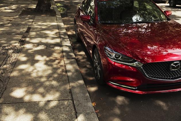 マツダ、マイナーチェンジした北米仕様「Mazda6」(アテンザ)をチラ見せ 気筒休止やガソリン・ターボも採用