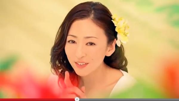 松雪泰子(41歳)が美しすぎるとネット上で再注目「話し方さえエロい」「綺麗だけど可愛い」
