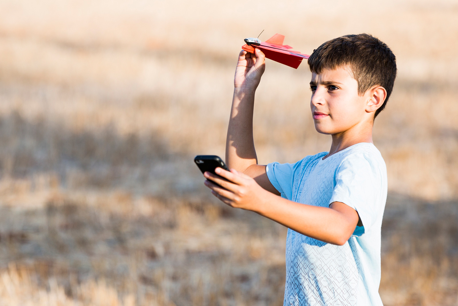 photo image PowerUp releases its phone-controlled paper airplane
