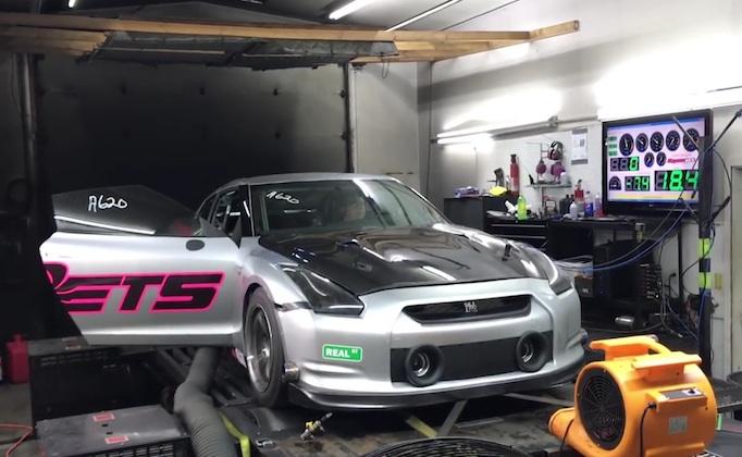 【ビデオ】日産「GT-R」のチューンドカーが、ダイノテストで2,700馬力以上を記録!