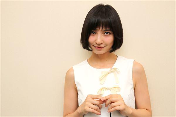 篠田麻里子が映画『リアル鬼ごっこ』を語る 「はじめて芝居が面白いって感じた」