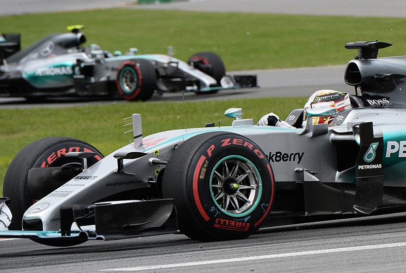 Lewis Hamilton on his way to winning the 2015 Canadian F1 grand prix.