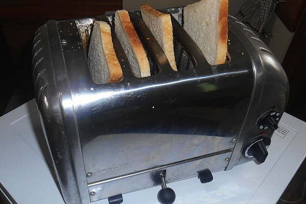people explain their first world problems, toaster with bread