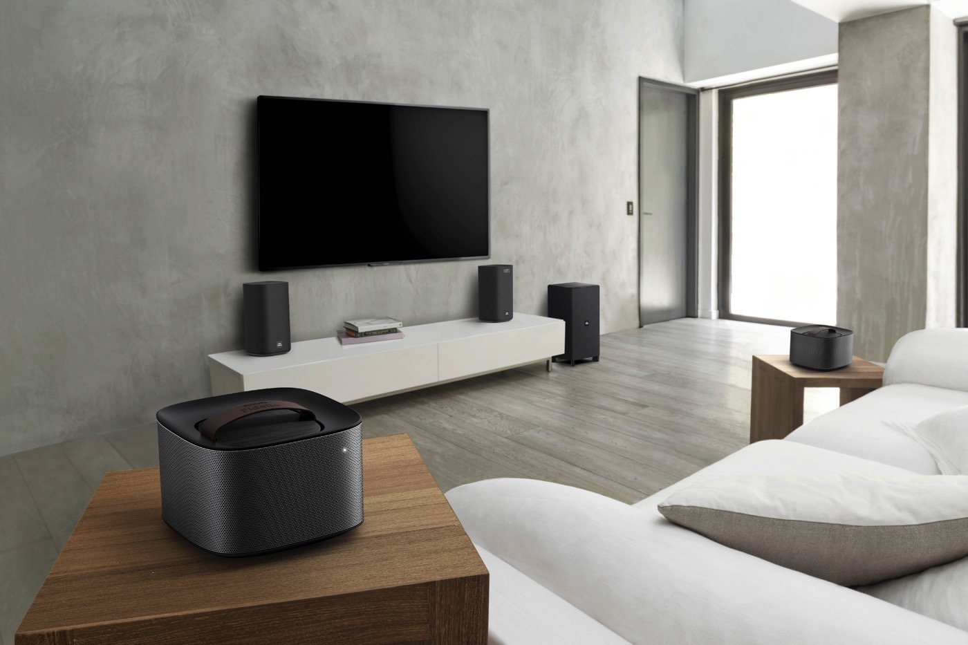 Philips 39 living room audio gear includes 39 detachable 39 speakers for 6 in the living room