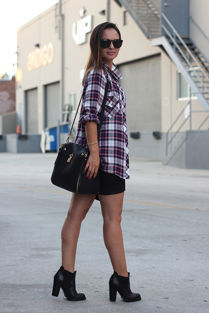 Street style tip of the day: A plaid shirt