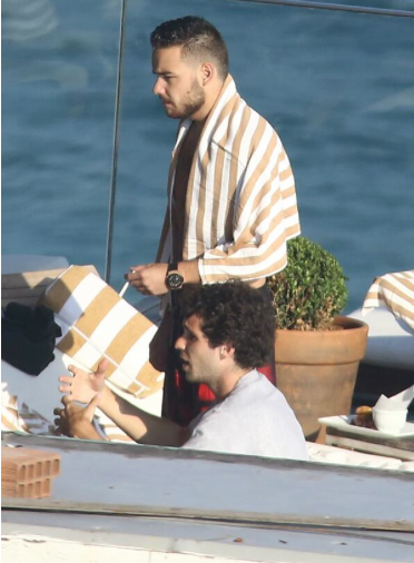Liam Payne smoking Rio Brazil pool