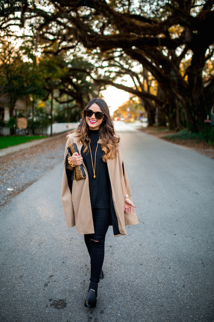 Street style tip of the day: Camel cape