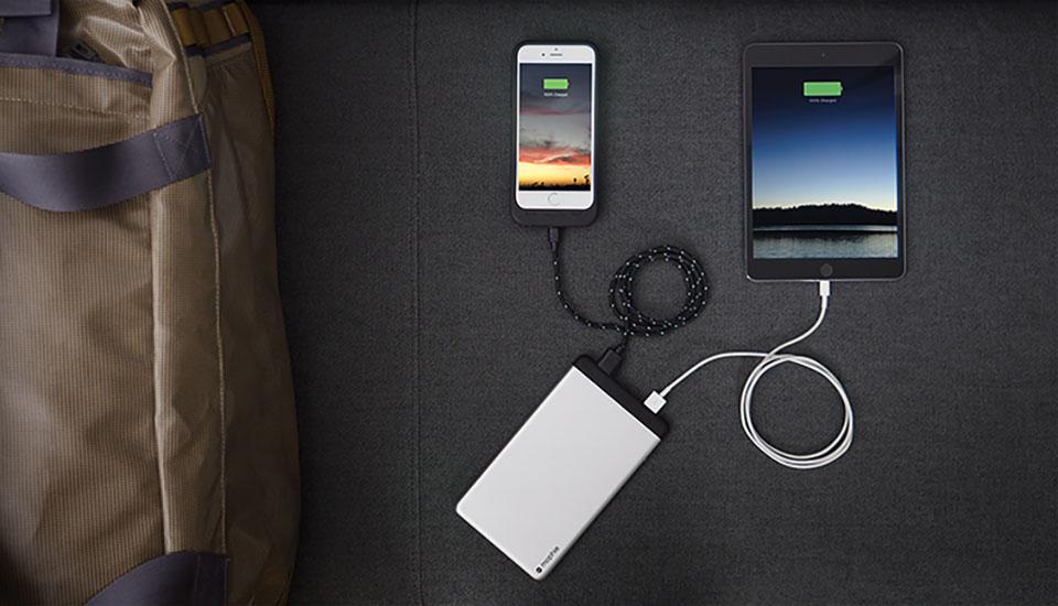 Las nuevas baterías externas de Mophie son delgadas e inteligentes