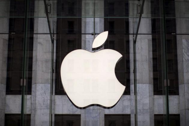 アップルがブラックベリー元社員を大量採用して車載ソフトウェアを開発中