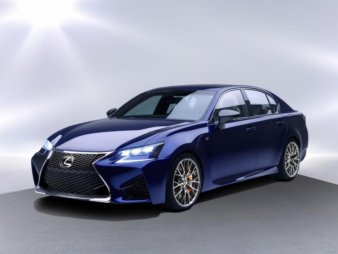 Premiere in Detroit: Lexus GS-F