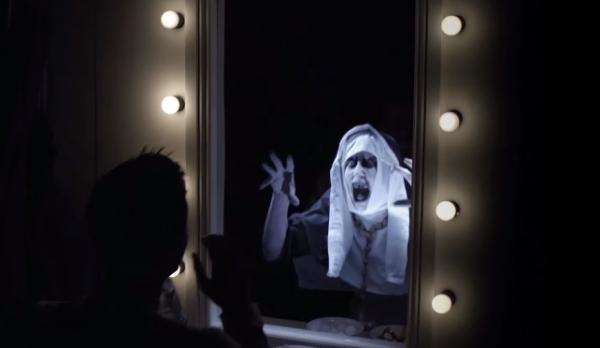 【めっちゃ怖い!】ホラー映画『死霊館』の宣伝で観客たちが心霊ドッキリの餌食に