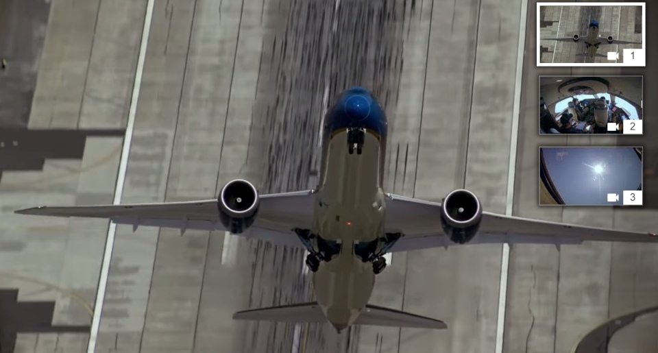 YouTube's multi-angle video meets Boeing's acrobatic 787 flight