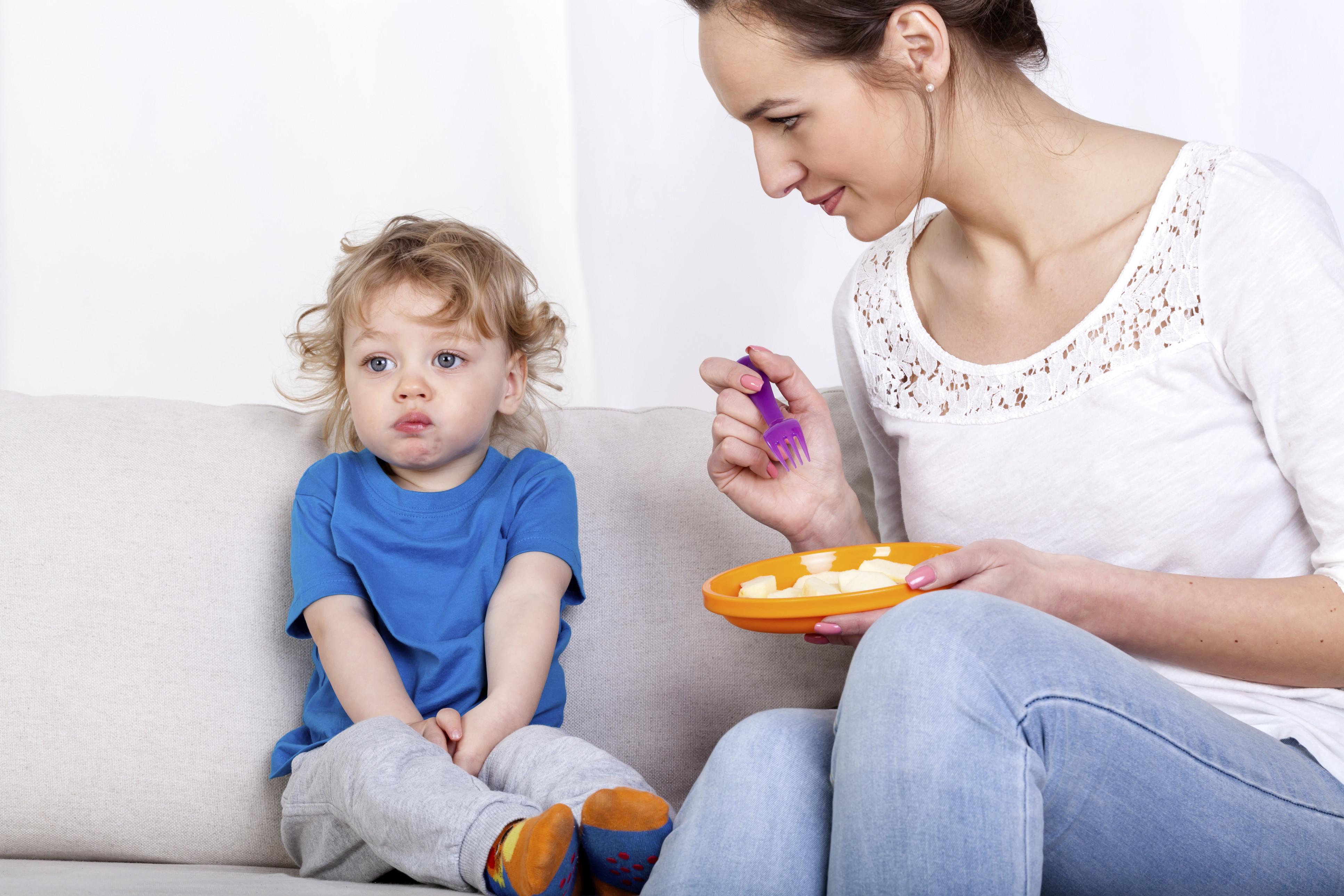 La crianza de Ideas para Tratar Con niños que no comen