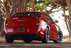2015 Chrysler 300S rear three-quarter view
