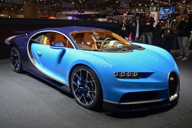 ブガッティ、1,500馬力の新型スーパーカー「シロン」を発表(ビデオ付)