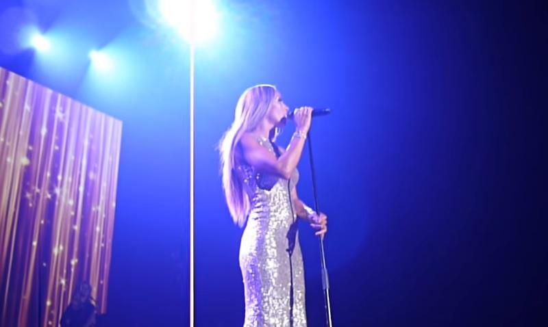 オランダの歌手グレニス・グレースが、ホイットニー・ヒューストンの名曲を本人さながらに歌い上げ話題に!