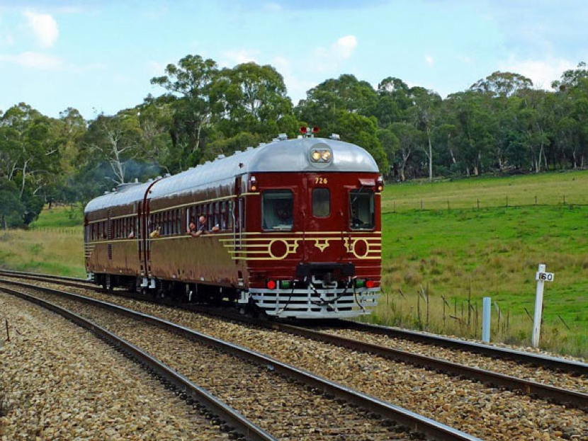 In Australien fährt der erste Solar-Zug