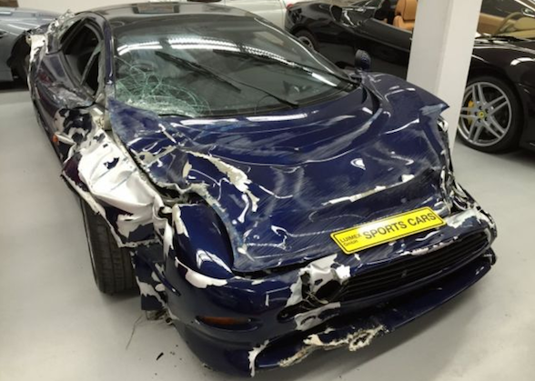 Saleen S7 For Sale >> Wrecked Jaguar XJ220 on sale for £146,000 - AOL UK Cars