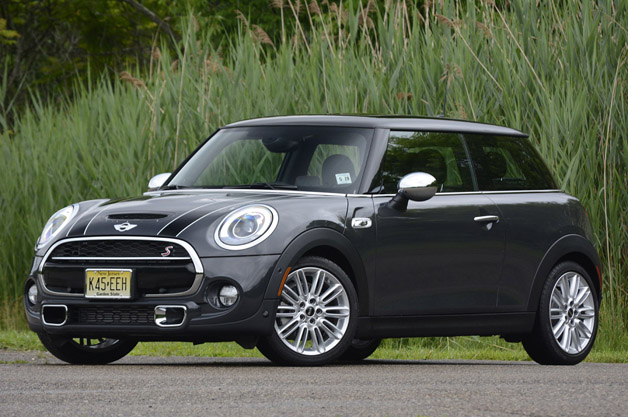 MINI Cooper News, Photos and Buying Information - Autoblog