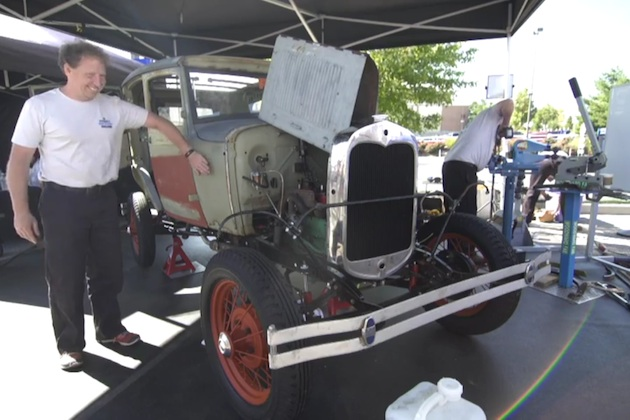 【ビデオ】スワップミートで集めたパーツでフォード「モデルA」の製作に挑戦!