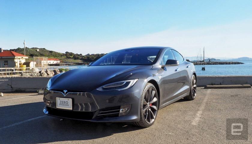Tesla: Batterietausch in nur 15 Minuten