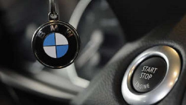 BMW、盗難に遭った「5シリーズ」を遠隔操作して泥棒を車内に閉じ込める