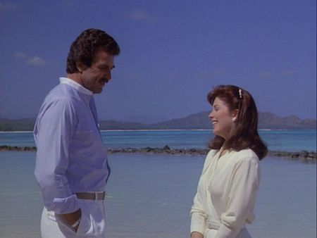 Was Tom Selleck Constantly Hiding An Erection On Magnum, P.I.?, tom selleck on beach