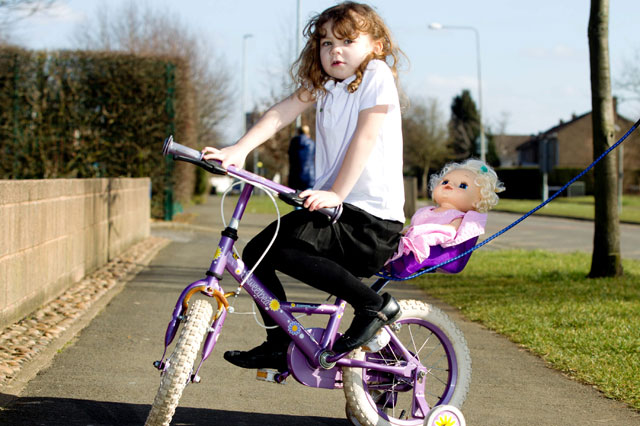 Police threaten to take four-year-old's bike because she was cycling on the pavement