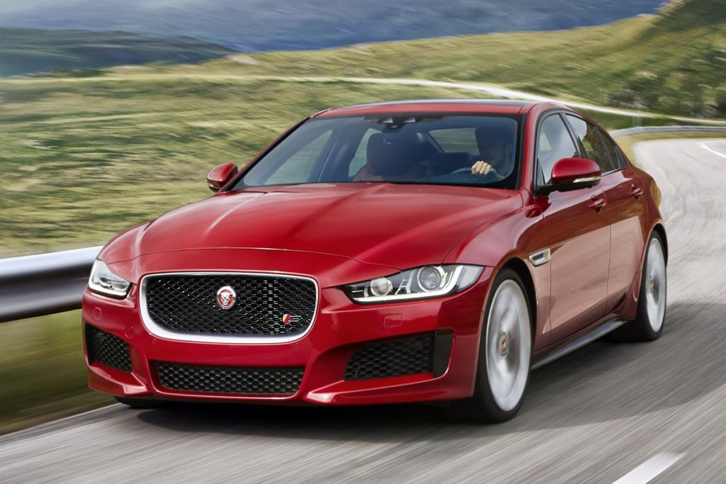 Jaguar XE, Jaguar, Jaguar  XE S, revealed, debüt, premiere, offiziell, fotos, Paris Auto salon, Pariser Auto salon