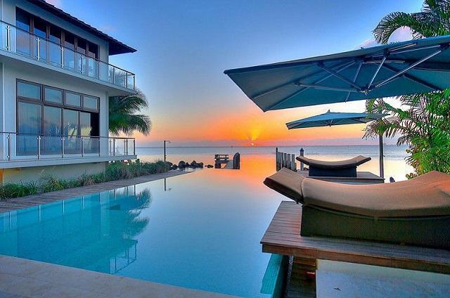 pool 7 Harbor Pt, Key Biscayne, FL