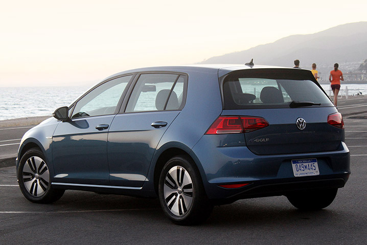 E Golf 2015 Volkswagen E Golf Front Three Quarters View Photo 14 Volkswagen Releases More