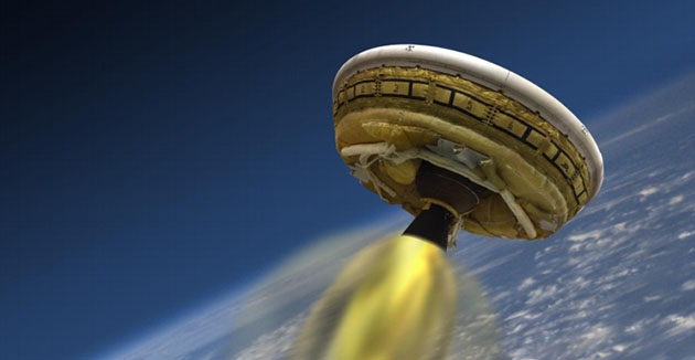 NASA readies Mars 'flying saucer' for risky hypersonic flight test