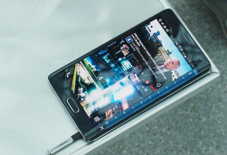 Samsung Galaxy Note Edge review: Innovation, experiment or gimmick?