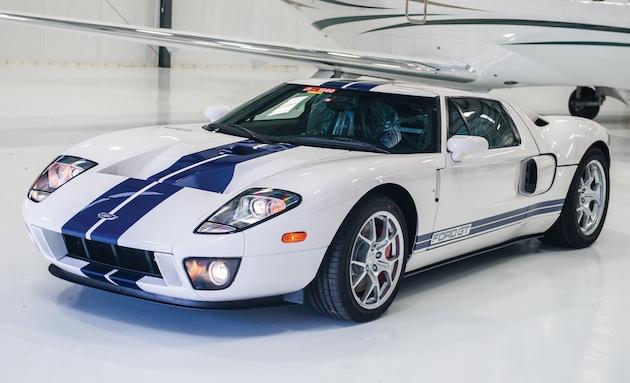 走行距離わずか17kmの2006年型「フォード GT」がオークションに出品!
