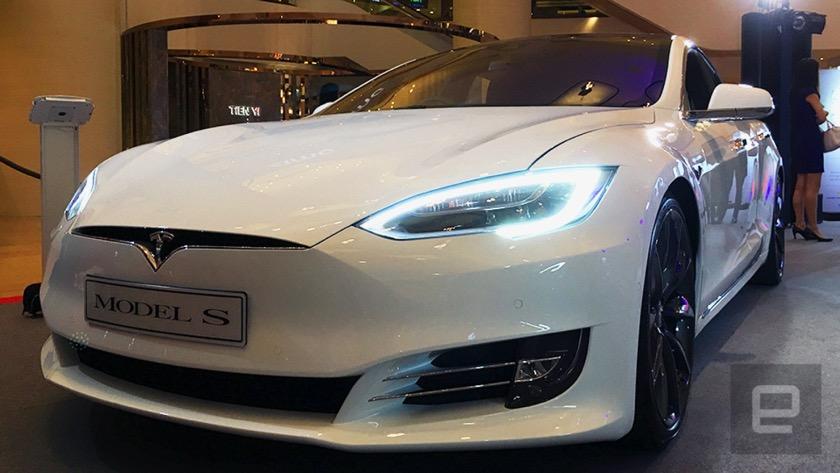 Tesla wertet Videos aus Autos, um Autopiloten zu verbessern
