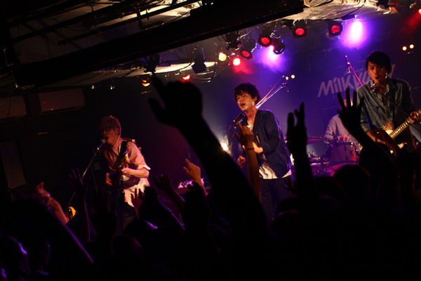 GOODWARP、「夜遊び」ライブが3開催連続ソールドアウト&初のMVが公開中!