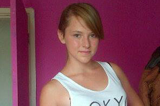 Girl who dies of cancer left heartbreaking secret messages to her family