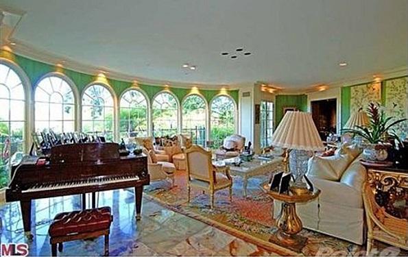 Lionsgate Estate Bel Air interior